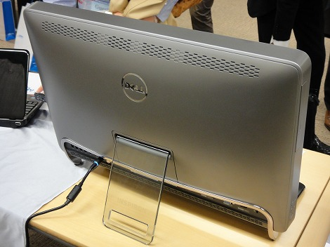 Inspiron One 2310 背面