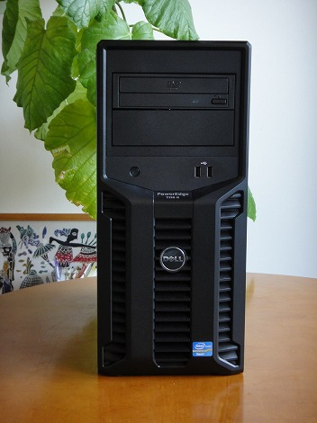 PowerEdge T110�U前面部